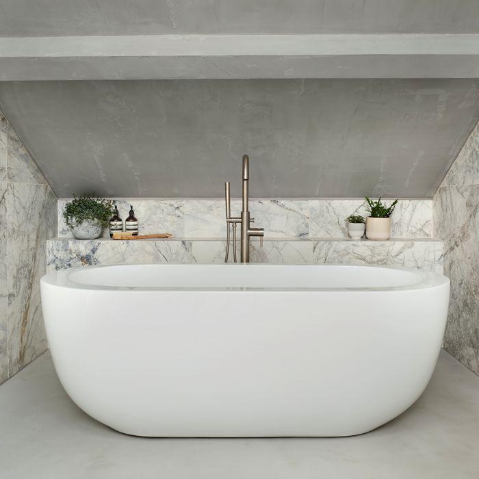 Ovali Bath